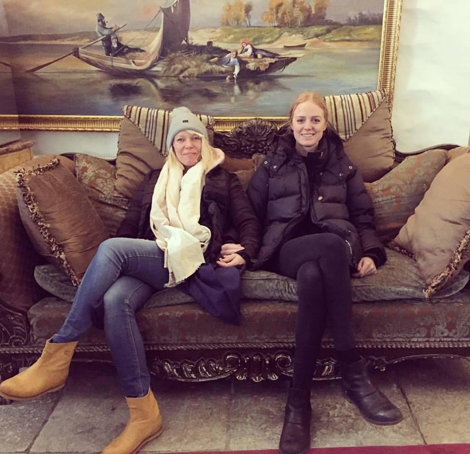 Aura & Lana